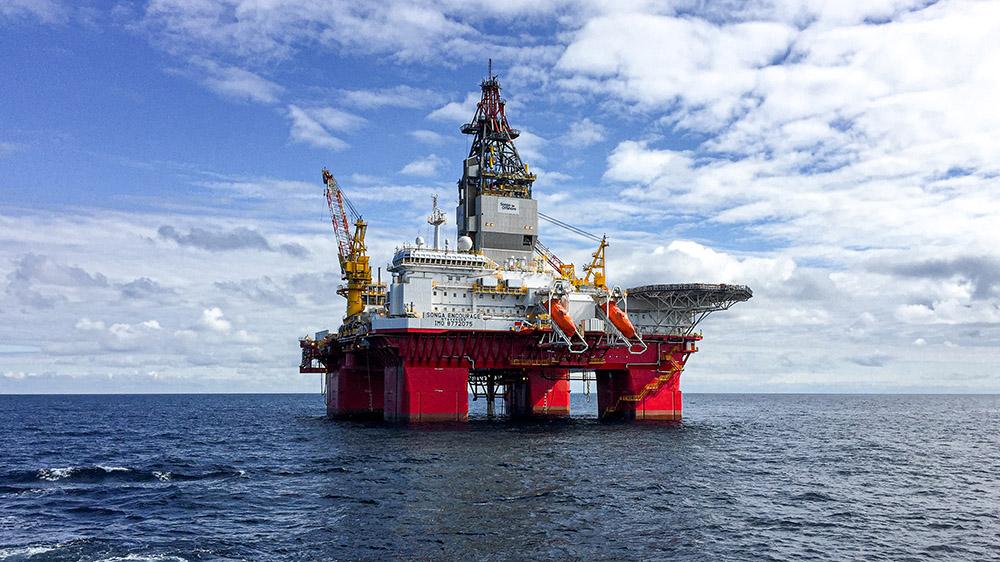 Arbetet på oljeplattformen stod helt stilla